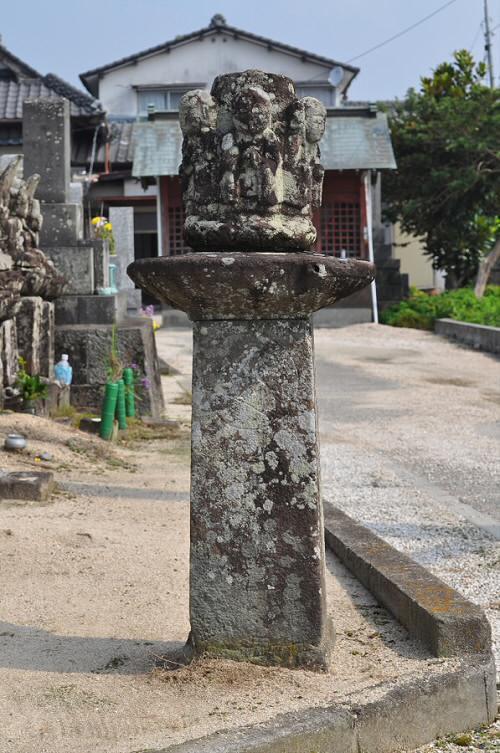 六地蔵尊石幢