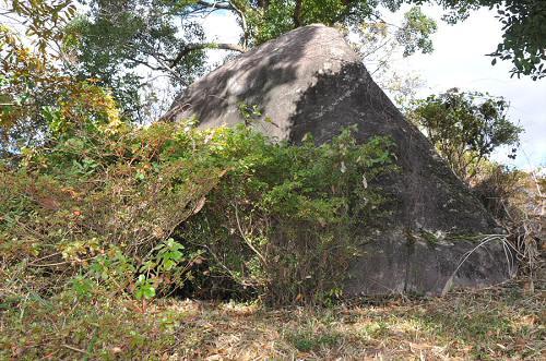 月見の大岩